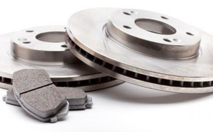 plaquette de frein, disque et ABS. cIrcuit frein dans notre centre de contrôle technique montpellier.